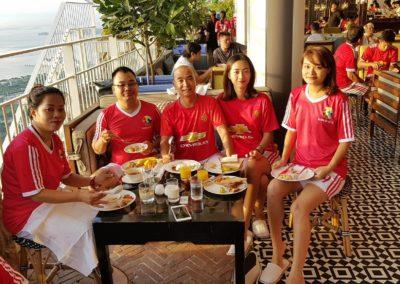 Ăn sáng trên Marina Bay Sands